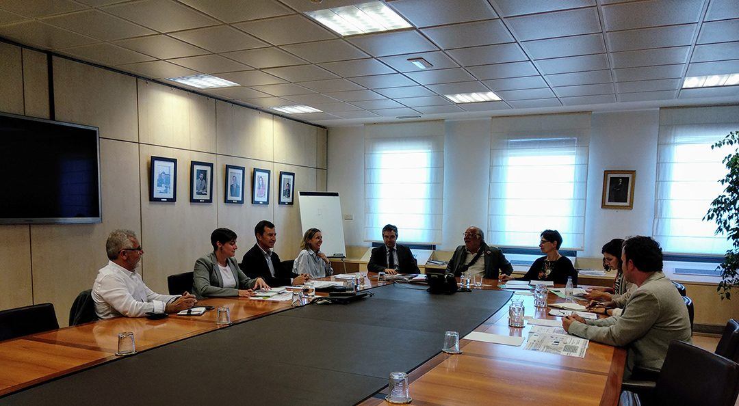 Reunión con la Dirección General de Tráfico y la Dirección General de Transporte Terrestre del Ministerio de Fomento